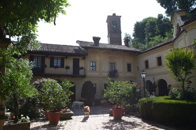 Palazzo per eventi e per dormire in Monferrato