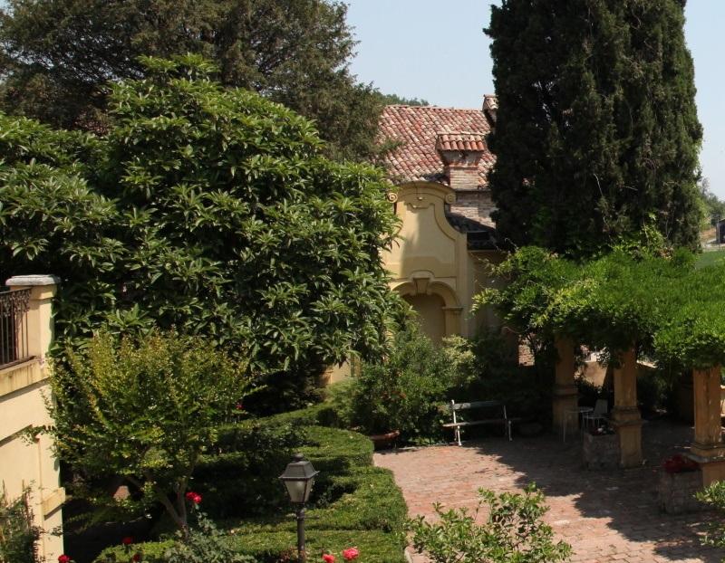 Giardino all'italiana a Palazzo Tornielli